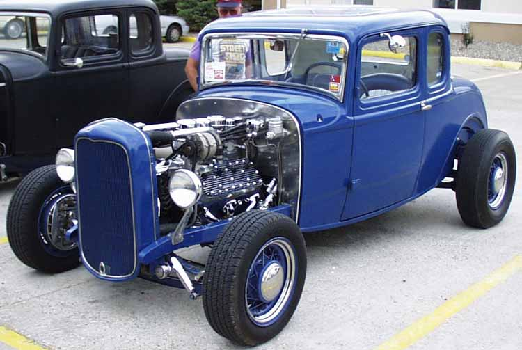 32-Ford-Hiboy-5W-Coupe-01a